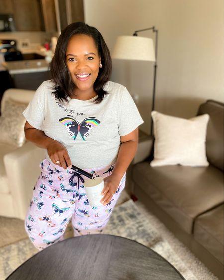 Cozy Weekends are a vibe - love these soft jammies / loungewear from Vera Bradley. Wearing a 2x in both! http://liketk.it/3gSGJ #liketkit @liketoknow.it #LTKunder100 #LTKcurves #LTKstyletip