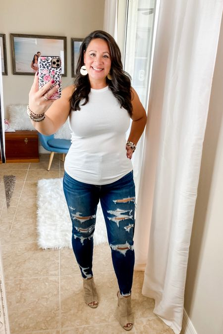 Most awesome tank top, size L. Comfy, high waisted, stretchy jeans size 12. Distressed denim. http://liketk.it/2TY5S #liketkit @liketoknow.it #LTKunder50 #LTKcurves #LTKstyletip