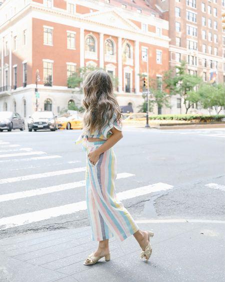 Summer set + rainbow stripes.... sign me up ✔️🌈🥰  http://liketk.it/2Df4t #liketkit @liketoknow.it  | photography @hbgeller #hbgphotography