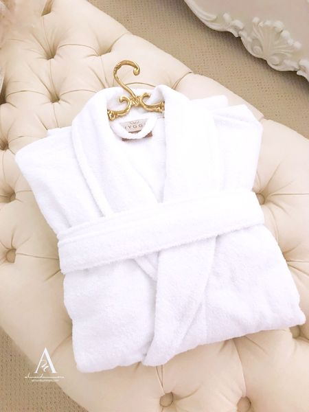 Found this affordable white comfy Terry cloth robe while out shopping! It's an excellent bath robe for overnight guests. I'm also sharing this adorable gold brass hanger that looks stunning!  #whiterobe #brasshanger #vintagehanger  #LTKfamily #LTKtravel #LTKunder50