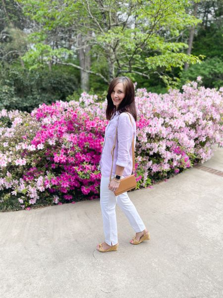 Lightweight and cool linen shirt and slimming pull-on white pants from Chico's!    You can instantly shop my looks by following me on the LIKEtoKNOW.it shopping app! http://liketk.it/3eETX #liketkit #LTKstyletip @liketoknow.it