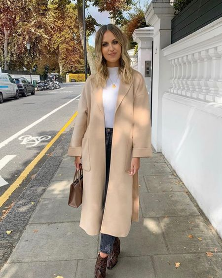 Coat obsession in full swing for autumn and fall outfits. This camel coat is from Zara but I've tagged similar from ASOS. Great with some ankle boots http://liketk.it/2EYqN #liketkit @liketoknow.it #LTKeurope #LTKunder100 @liketoknow.it.europe