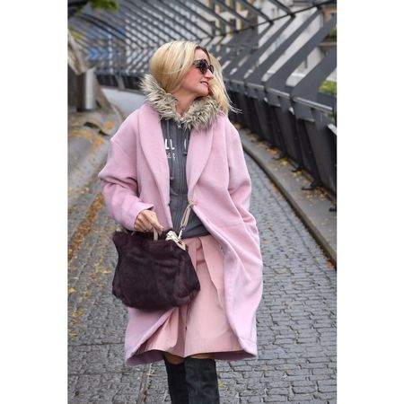 Pink and Grey the perfect couple for Winter 2016!  Shop the look here: http://liketk.it/2py2q @liketoknow.it #liketkit