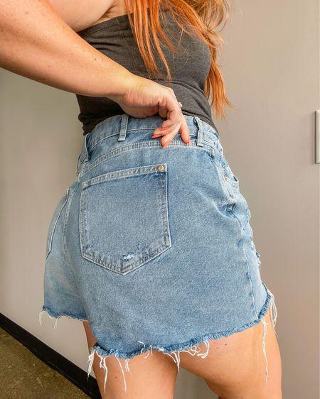 Denim shorts for the curvy girls! http://liketk.it/3hSS0 @liketoknow.it #liketkit #LTKunder50 #LTKcurves #LTKstyletip