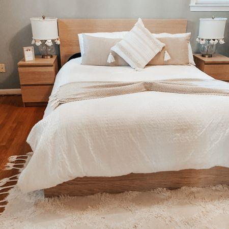 cozy bedroom http://liketk.it/2Vtqt #liketkit @liketoknow.it #LTKhome #StayHomeWithLTK #LTKunder50 @liketoknow.it.home