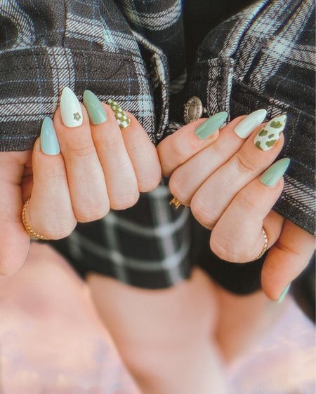 Looking to get today's nail look from IG? Tagged everything I found to make this happen!   Feel free to DM on insta with any questions too 💅🏻💚     #LTKstyletip #LTKbeauty #LTKunder100