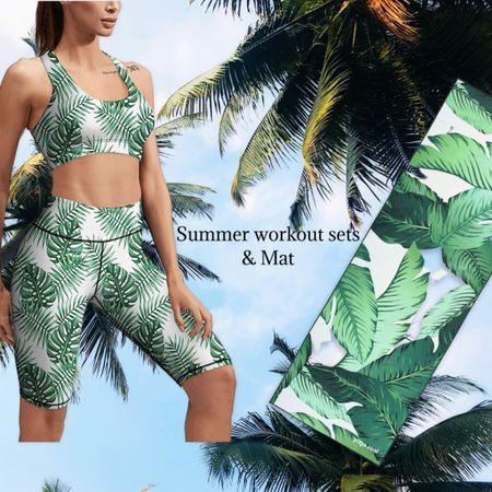 Palm tree leaf looks for the gym   #LTKtravel #LTKSeasonal #LTKfit