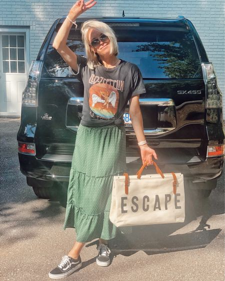 Road trip take ✌🏻 They don't call it Hotlanta for nothing 🔥 Wearing this flowy polka dot maxi skirt, knotted band tee, and Vans sneakers for our trip to GA! 🍑  http://liketk.it/2CdwT @liketoknow.it #liketkit #LTKtravel #LTKstyletip #LTKunder100 travel, casual