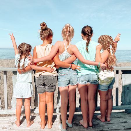 Jenna's Beach Braid Studio is open for business 😂💁🏼♀️   I'm putting my Girl Mom talents to the test this week!! While Adaline declined the photo op, these 5 girlies were excited to show off their braids! Peyton's had a friend staying out here with us, and the girls' cousins have some amazing manes! Which means there is no shortage of hair to braid over here 😂    I am linking some of our beach hair essentials here: http://liketk.it/3hSgD   #liketkit @liketoknow.it #LTKbeauty #LTKkids #LTKtravel