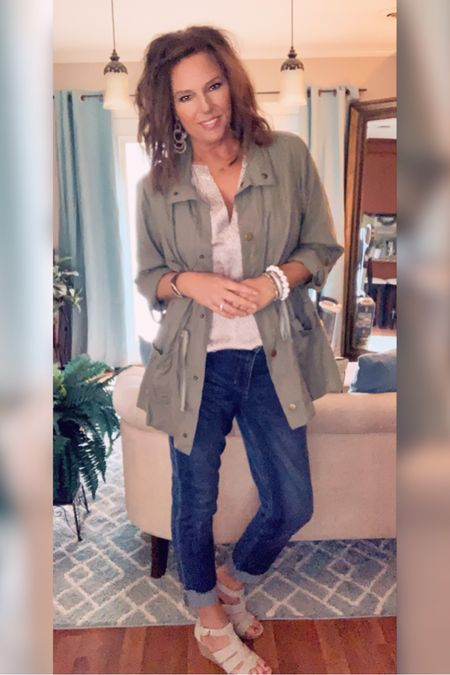I love this utility jacket and it's perfect for transitioning into Fall!! http://liketk.it/2DYrv Shop my daily looks by following me on the LIKEtoKNOW.it app @liketoknow.it #liketkit #LTKunder100 #LTKstyletip #LTKsalealert #LTKunder50 #LTKtravel #LTKshoecrush