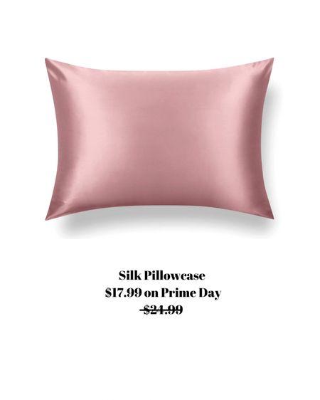 Sleeping with a silk pillow has many benefits! On sale for $17.99   http://liketk.it/3i9vT #liketkit @liketoknow.it #LTKsalealert #LTKhome #LTKstyletip
