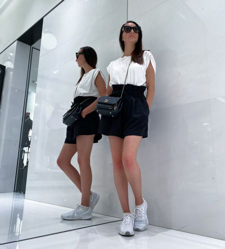 Keeping it simple for a shopping trip in London whilst the sun is out! A plain white tee with black shorts and Chanel Business Affinity bag. 🙌  #LTKtravel #LTKstyletip #LTKSeasonal
