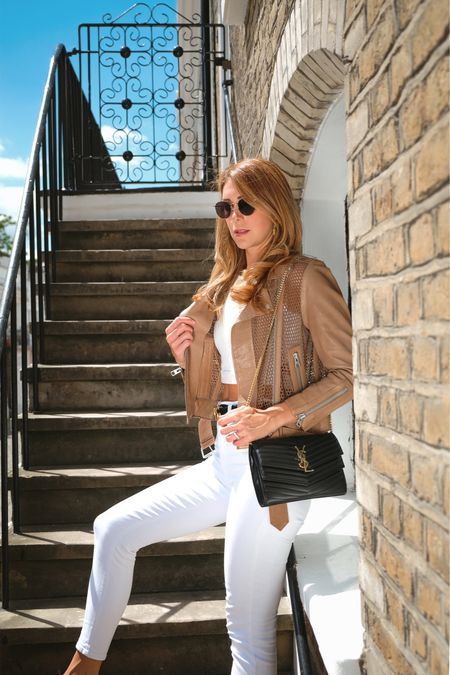 When in doubt, wear white @liketoknow.it #liketkit http://liketk.it/2CXDv