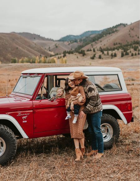 F A M \ First photo sesh as a fam of 4 during my fave time of year 🍂 Just received a preview last night and LOVE them🤍 Ford nailed it in the bronco🚗 Swipe right - I zoomed in on his face… he's legit laughing at himself in the mirror🤣🤣   #family #babyboy #boymama #familyphotos   #LTKfamily #LTKbaby #LTKSeasonal