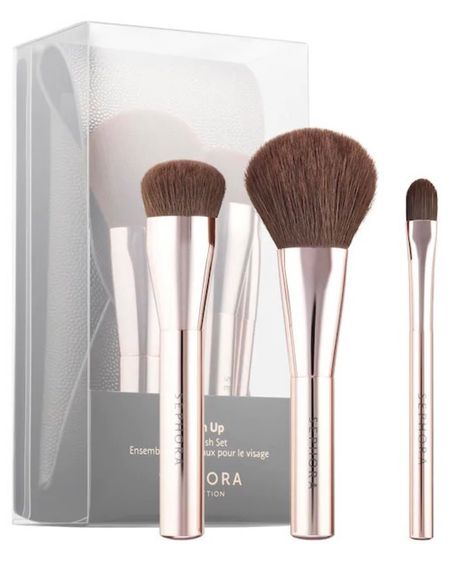 Mini Makeup Brushes?! Yes, please.  http://liketk.it/30BPJ #liketkit @liketoknow.it #LTKbeauty