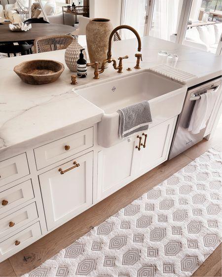 Kitchen decor, white kitchen style, rugs, vases, home accessories, StylinAylinHome   #LTKunder100 #LTKhome #LTKstyletip