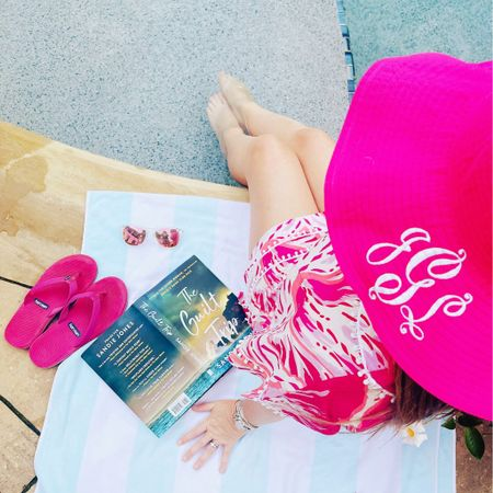 ⭐️⭐️⭐️⭐️⭐️ for the poolside attire  ⭐️⭐️⭐️⭐️⭐️ for the company ⭐️⭐️⭐️⭐️ for this fun marital suspense  Long live summer!     #LTKswim