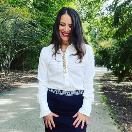 A white blouse is a MUST!   #LTKstyletip #LTKworkwear #LTKcurves