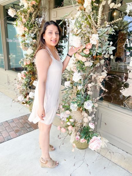 Most of you have been asking about how I find cool places to shoot as a blogger. 💐 So check out my latest blog post on places to shoot during a pandemic! 👩🏽💻 Link in bio or head over to KomalMeansDelicate.com. 💻  : My cute dress is from my friends boutique, @shopshelbyjewel. 👗 : You can instantly shop my looks by following me on the LIKEtoKNOW.it shopping app @liketoknow.it #liketkit   http://liketk.it/3c6dh  •⠀⠀ • •⠀⠀ •⠀⠀ • •⠀⠀ #memphisblogger #desiblogger #indianblogger #LTKblogger #germantowntn #memphistn #SaddleCreekStyle #ShopsOfSaddleCreek #bloggerlife  #bloggerlocations #photoshoot #photoshootideas #photoshootlocation #photoshootlocations #bloggingtipsforbeginners #bloggerphotoshoot #photoshootideas #nudedress #creamdress #springdress #placestoshoot #bloggershoots #bloggertips #strappydress #photoshoots #floraldecor #springflowers #easter #summerdress