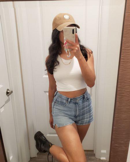 Can't stop wearing this smiley hat! http://liketk.it/3jobf @liketoknow.it #liketkit #LTKstyletip #LTKunder50 #LTKunder100
