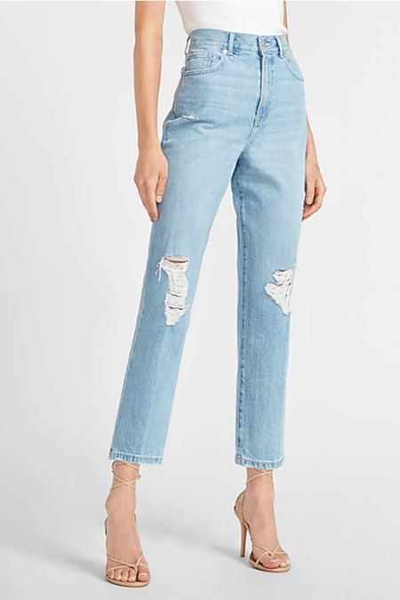 I just scooped 4 new jeans from Express and three of them were under $30. Apparently my skinny jeans need to take a back seat so I'm branching out...I have no idea how these will look on but for the price I'm willing to try!   http://liketk.it/3apXM @liketoknow.it #liketkit #LTKunder50 #LTKstyletip #LTKsalealert Shop your screenshot of this pic with the LIKEtoKNOW.it shopping app