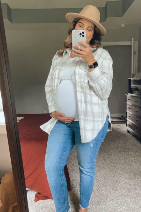Maternity fall OOTD 🍁   #LTKbump #LTKSeasonal #LTKstyletip