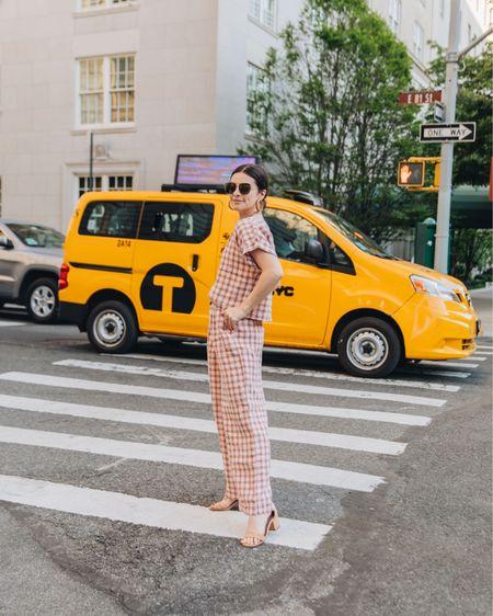@liketoknow.it http://liketk.it/3g4Eu #liketkit  Summer outfit Summer  Linen Gingham Wide leg pant Easy summer outfit Sandals  Tan sandals Aviator sunglasses Amazon find  #LTKunder100 #LTKunder50 #LTKstyletip