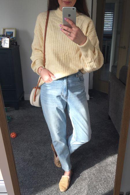Spring outfit, spring trends, spring 2021, yellow, yellow jumper, knitwear, spring knitwear, spring transition outfit, H&M, H&M jumper, H&M jeans, knitwear outfit http://liketk.it/3aDJ8 #liketkit @liketoknow.it @liketoknow.it.europe #LTKSpringSale #LTKeurope #LTKunder50