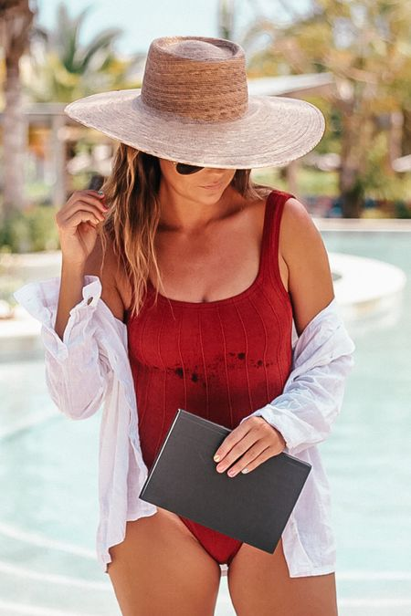 a chic + comfy one size fits all swimsuit for all your fall/ winter travels   #LTKtravel #LTKswim #LTKstyletip