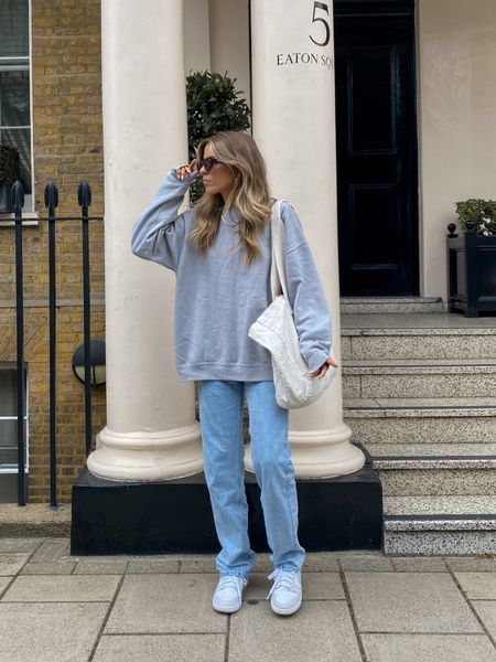 Oversized sweatshirts always go perfectly with the weekday rowe baggy jeans     #LTKeurope