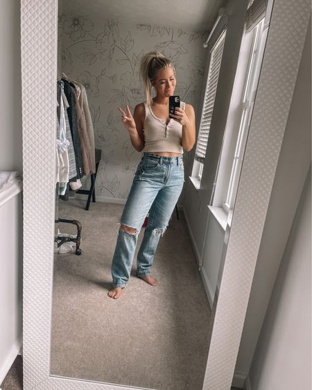 Officially into the 90s denim look! This pair is so comfy! Summer outfits, straight leg jeans http://liketk.it/3h72a #liketkit #LTKDay #LTKunder100 @liketoknow.it