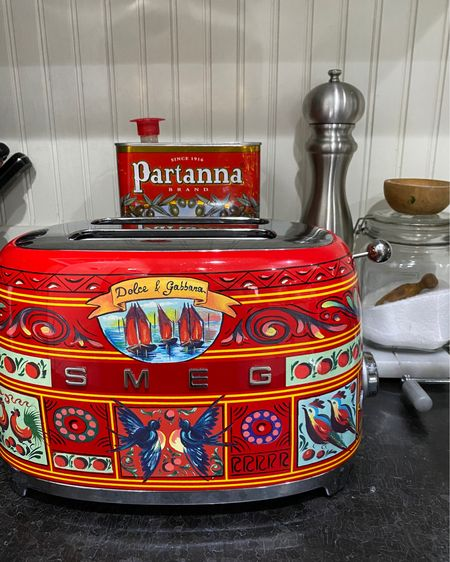 ♥️Love my little Dolce & Gabbana toaster by Smeg http://liketk.it/35tJL #liketkit @liketoknow.it