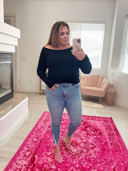 Amaryllis Warehouse Sale curvy look! wearing the size xl in black top and size 14 in skinny jeans   #LTKsalealert #LTKcurves #LTKunder50