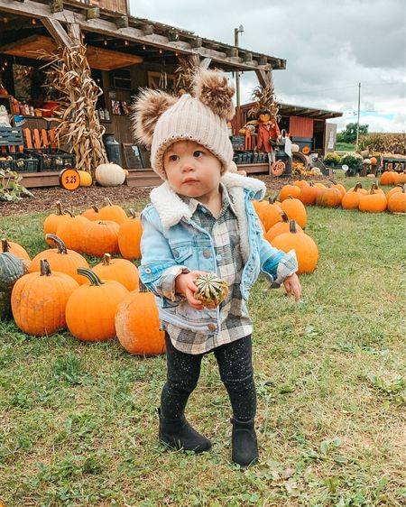 Oh my gourd, I just love her so much 😍🎃#pumpkinpatch #ellienicole #fallthings #babygirl #falloutfits #toddlerfashion   #LTKfamily #LTKbaby #LTKkids