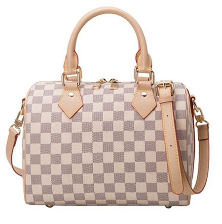 Yes yes yes to this designer inspired bag!!! So cute and it's under $40!!!!!  #LTKstyletip #LTKunder50 #LTKitbag