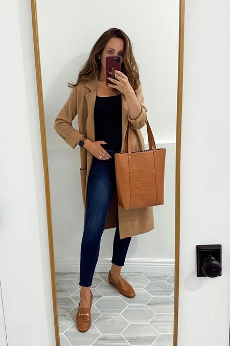 Fall outfit ideas with loafers, long cardigan, everyday tote    #LTKshoecrush #LTKitbag #LTKstyletip