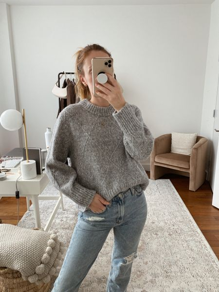 Everlane grey sweater for fall - wearing a small   #LTKSeasonal