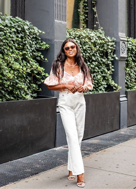 Add volume to your style with the perfect 😍 uff sleeve top @express   Everything I know wearing is from express, shop this look via @liketo  #Expressyou #Expresspartner    #LTKworkwear #LTKstyletip
