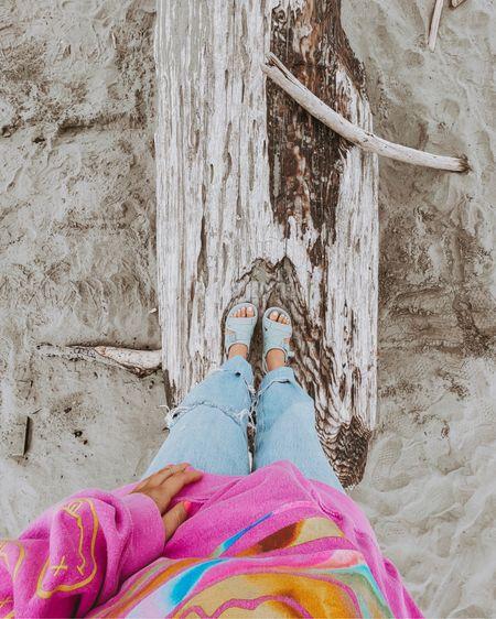 Chacos chillos sport sandals Oversized sweatshirt  http://liketk.it/3h9rd #liketkit @liketoknow.it #LTKunder50 #LTKshoecrush #LTKtravel