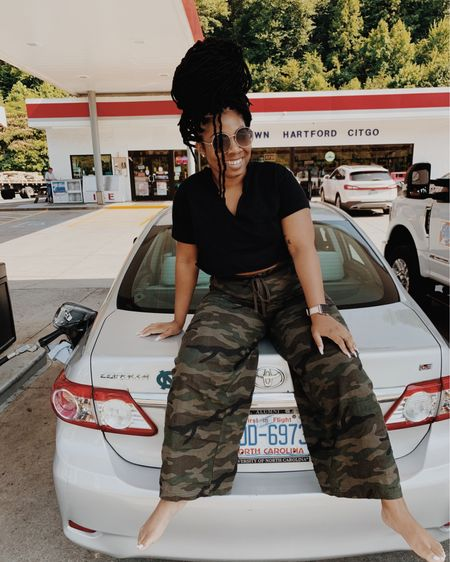 Road trippin in my new favorite pants from....WALMART! Yeah, I've been tryna tell y'all about Walmart — DONT sleep 😉 @liketoknow.it #liketkit http://liketk.it/2RBnk Shop your screenshot of this pic with the LIKEtoKNOW.it shopping app