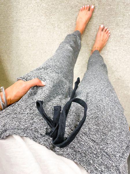 Comfy joggers size Xs in stock   #LTKsalealert #LTKunder100 #LTKunder50