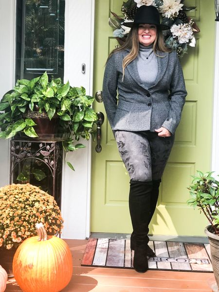 The timeless appeal of subtle muted grays… These suede embossed leggings are incredibly comfortable and the quality is top notch! This mini houndstooth blazer will be on repeat! I can wear it with jeans and style it business professional.  Y'all know I love accessories so a black fedora and OTK boots add such a Fun Fall Vibe. @whbm   #LTKcurves #LTKworkwear #LTKstyletip