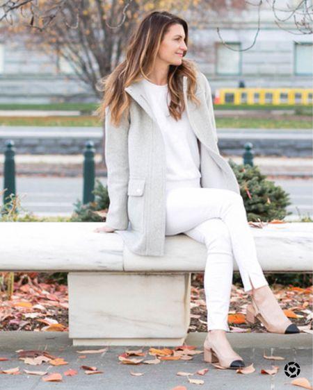 Winter whites, neutral outfit, winter neutrals, coats, winter coats, winter style, ski, http://liketk.it/35L6v #liketkit @liketoknow.it #LTKstyletip #LTKunder100 #LTKtravel