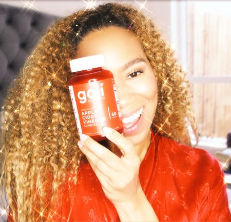 It's hard to stay healthy through the holidays! Goli makes it easy! #golipartner #acvgummies #LTKholiday   #LTKfit