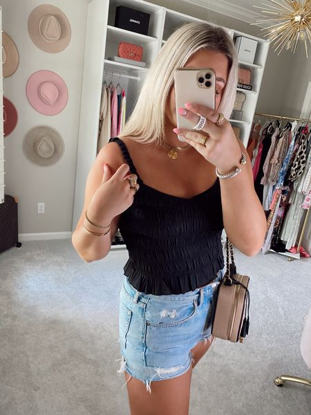 Top - size medium Code SIDNEY15 for 15% off  @liketoknow.it http://liketk.it/3hCfX #liketkit #LTKunder50 #LTKstyletip   Black smocked top Black crop top Summer outfit summer top  Vacation outfits  Denim shorts Agolde Casual outfit inspiration  Cloffice