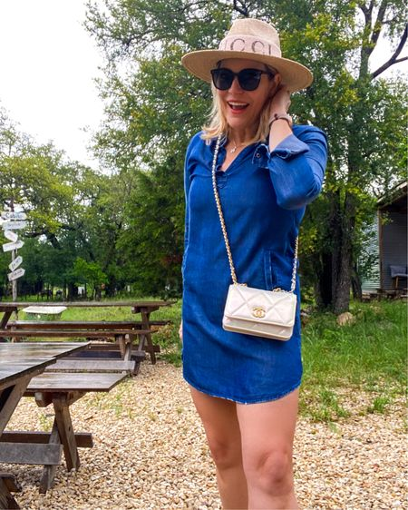 Love a good #denimdress for #memorialday weekend. Shop this look 👉 http://liketk.it/3g7bX or Shop your screenshot of this pic with the LIKEtoKNOW.it shopping app @liketoknow.it #liketkit #LTKunder100 #LTKitbag #LTKtravel #ltkseasonal #memorialdayoutfit #denimdresses