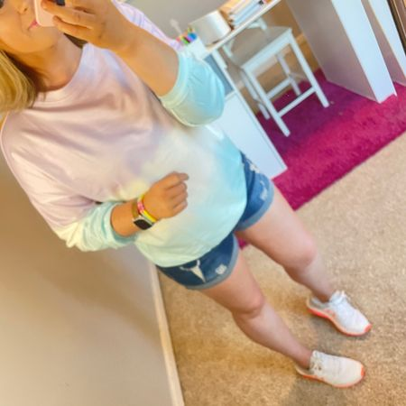 The perfect saturday and the perfect weekend outfit for running from baseball to soccer #momlife #sportsmom #size12 #weekendvibes http://liketk.it/3fm1s #liketkit @liketoknow.it