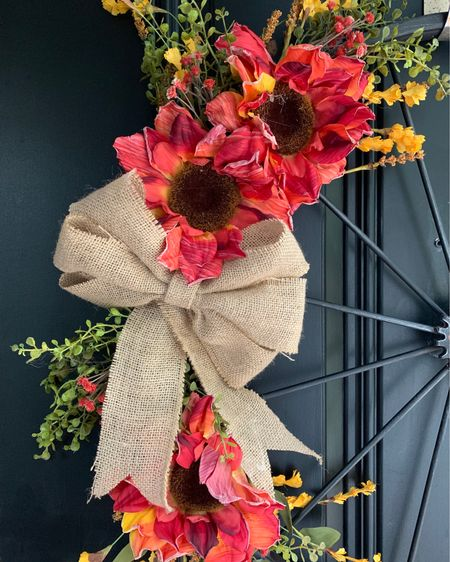 #liketkit @liketoknow.it #LTKSpringSale #LTKhome @liketoknow.it.home DIY easy spring wreath. Screenshot this pic to get shoppable product details with the LIKEtoKNOW.it shopping app http://liketk.it/3bmRJ