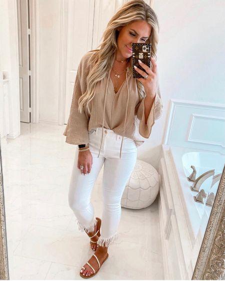White denim frayed denim flowy top Walmart fashion   #LTKunder50 #LTKsalealert #LTKstyletip