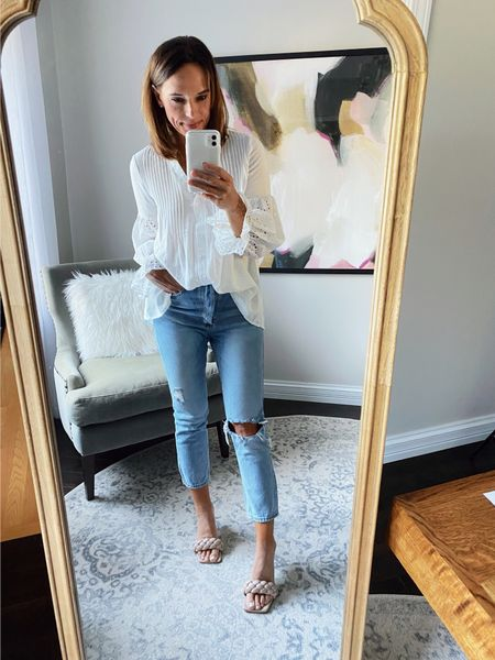 Just got some of my @amazon goodies in 🙌🏻 This top is perfect and I always love wearing white tops with jeans -such a classic look!  Details here 👇🏻    #LTKshoecrush #LTKstyletip #LTKunder50